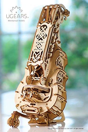 Ugears Ghironda In Legno Strumento Musicale Kit Fai Da Te Da Costruire Per Musica Folk E Moderna Modello Realmente Funzionante Con Manovella E 6 Tasti Adatto A Principianti Idea Regalo Originale 0 1